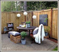 Little Brags: A Mothers Day Table On The Back Patio With Balsam Hill