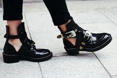 Black * Shoeinspiration * The Inner Interiorista