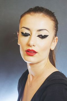 Makeup Artist: Dana Ivan /Cat Eye/Red Lips Red Lips, Cat Eye, Septum Ring, Make Up, Eyes, Artist, Beauty Makeup, Makeup, Maquiagem