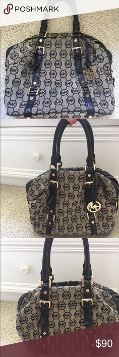 MIchael Kors Bag Perfect shape Authentic Micheal Kors Purse MICHAEL Michael Kors Bags Shoulder Bags
