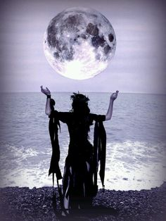Sea Witch:  #Sea #Witch ~ Drawing Down the Moon.