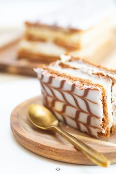 Skills Needed To Become A Patisserie Chef - Useful Articles Patisserie Fine, Patisserie Design, Yummy Food, Tasty, French Pastries, Fermented Foods, Christmas Desserts, Food Videos, Baked Goods