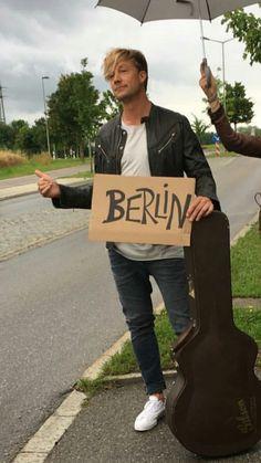 Samu haber Dear Lord, Life Savers, Cool Bands, Sunnies, Berlin, Singer, Stars, People, Wallpapers
