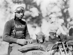15 motards Harley Davidson des années 1920  1930  2Tout2Rien