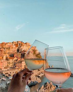 Cinque Terre, Wine Country, Alcoholic Drinks, Life, Instagram, Liquor Drinks, Alcoholic Beverages, Liquor