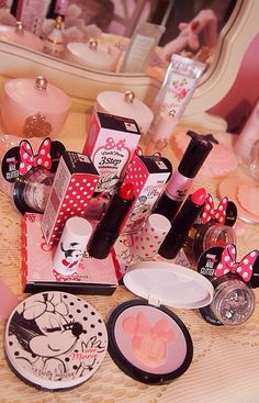 mish-tletoe:  apinkcrayon:  pinksugarrr:  funeraldreams:  pinksugarrr:  Etude House Minnie Mouse collection! More on my blogspot here  ♡♡♡ love this!! i was looking into the eyelahes specifically but really wanted to know what the rest of the collection was like~  I brought the eyelashes too they are still on the way! ^-^  holy shit!!!!  I NEED THIS WHOLE COLLECTION PLS