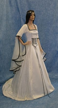 Medieval wedding handfasting dress renaissance by camelotcostumes