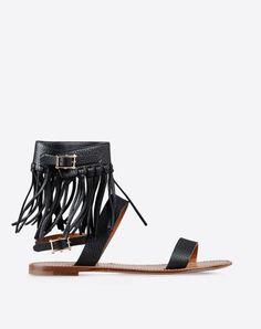 2bebf07d7a9d0 Boutique en ligne Valentino - Chaussures Femme Valentino  fashion  shoes  valentino  Valentino Chaussures