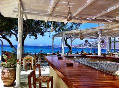 Good morning from a new cool place on the island of Mykonos! Who wants to play the guessing game with me!