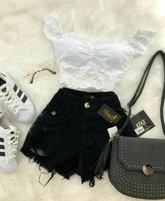 z a a m b r a n o 2 9 ⚜loving the shorts 😍 roupas futuras, Tumblr Outfits, Mode Outfits, Short Outfits, Tumblr Clothes, Cute Comfy Outfits, Cute Summer Outfits, Stylish Outfits, Teen Fashion Outfits, Outfits For Teens
