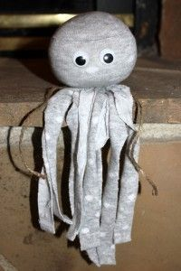 """No Sew Socktopus.  We will make this when Beau has to bring something that starts with an """"O"""" for show and tell!"""