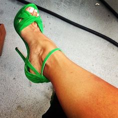 Green heels with strap. Fall shoes trends 2015.: