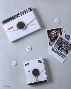 DIY: cajitas molonas para regalar fotos - Box , DIY: cajitas molonas para regalar fotos DIY cajitas molonas para regalar fotos - Photo box Gift Diy,Basteln & Co. Pochette Photo, Foto Gift, Photo Boxes, Diy Photo Box, Diy Gifts For Him, Diy Holiday Gifts, Diy Gift Box, Small Gift Boxes, Diy Birthday