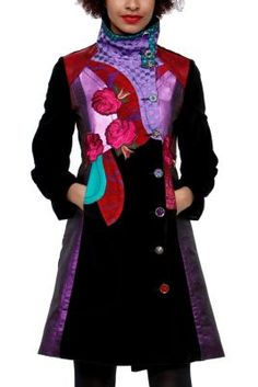 Last Night Blues Desigual women's coat from our Galactic line, starring this season. Long, black coat with red and blue hues. Galactic!