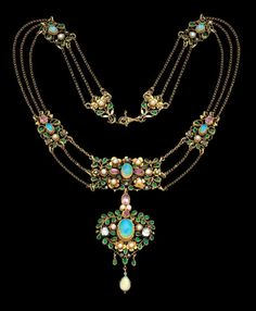 ARTHUR GASKIN 1862-1928 & GEORGIE GASKIN 1866-1934 Superb Arts & Crafts Necklace Gold, diamonds, opals,pink tourmalines, emerald pastes, & pearls