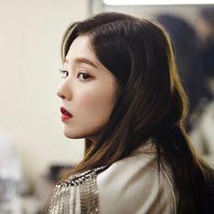 25 Likes, 2 Comments - bae joohyun Red Velvet アイリーン, Red Velvet Irene, Seulgi, Red Valvet, Kim Yerim, Korean Girl Groups, Kpop Girls, Rihanna, Fashion Models