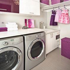 Salle de lavage éclatante - Je Décore Laundry Room Bathroom, Laundry Area, Basement Bathroom, Laundry Rooms, Laundry Room Inspiration, Laundry Room Design, Mudroom, Washing Machine, Sweet Home