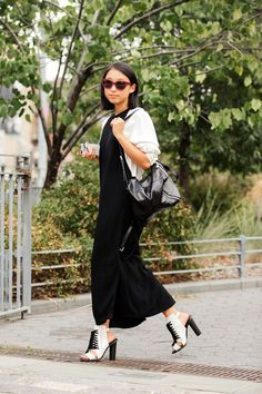 The NYFW Street Style Looks That Truly Stunned #refinery29  http://www.refinery29.com/2014/09/73987/new-york-fashion-week-2014-street-style-photos#slide-21  Margaret Zhang in another perfect black-and-white ensemble....