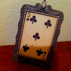 Vintage playing card and frame for easy decor!