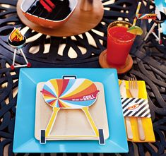 Get Your GRILL On! {Summer Grilling Party Theme} // Hostess with the Mostess® summer-bbq-party-table-settings-printables Soirée Bbq, Summer Barbecue, Birthday Bbq, Cowboy Birthday, Grill Party, Bbq Party, Father's Day Celebration, Bbq Gifts, Backyard Bbq