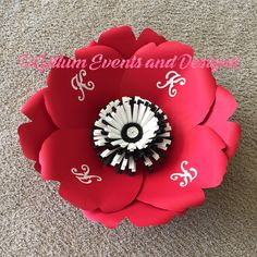 Custom paper flower! #paperflowers #gillumeventsanddesigns