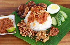 Malaysian Nasi Lemak recipe by SeasonWithSpice.com
