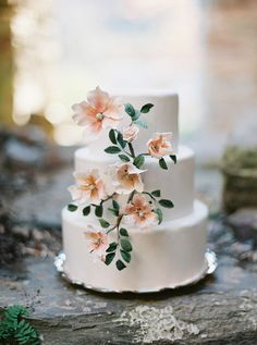blush sugar flowers | image via: once wed