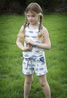 Jumpsuit by : Leven met Liv: Madeline skips the rope: playsuittutorial Cactus Fabric, Fashion Kids, Belgium, Fabrics, Jumpsuit, Rompers, Inspiration, Beautiful, Ideas