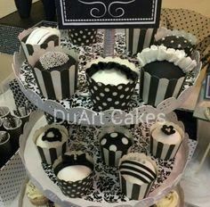 Cupcakes Black & white