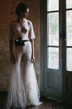 Custom wedding pantsuit.   Emannuelle Junqueira 2015.