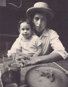 Bob Dylan holding his son Jesse, 1968