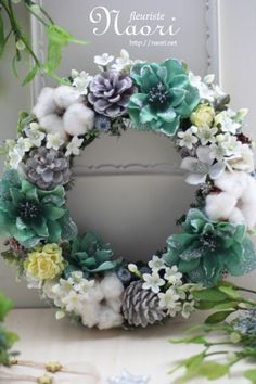 Christmas wreath 2013 クリスマス グリーンクリスマスローズのスノーホワイトリース