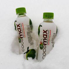 Hae Ärrältä lisävirkistystä päivääsi! CocoMax-kookosvesi tuo tropiikin lumipyryn keskelle ⛄❄ #cocomaxfin #kookosvesi #rkioski