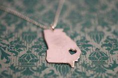 State necklaces = adorable conversation pieces