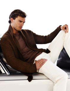 O This is THE CHristian Grey pic, if I didn't see it before (which I did) I see it now!!! YUMMMMMY!