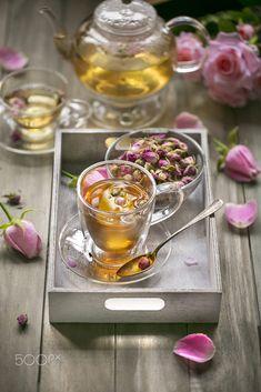 Rosen Tee, Café Chocolate, Mint Tea, Chamomile Tea, Flower Tea, Tea Art, My Cup Of Tea, Mini Desserts, Tea Recipes