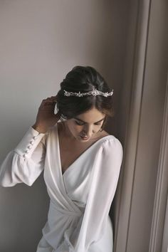 Fleur delicate silver bridal crown with pearls etsy windsor silver wedding crown with floral details full halo etsy Headpiece Wedding, Wedding Veils, Bridal Headpieces, Bridal Hair, Wedding Art, Bridal Beauty, Trendy Wedding, Wedding Bride, Wedding Poses