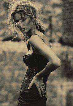 By Paolo Roversi, Gisele Bundchen, Vogue Italia.