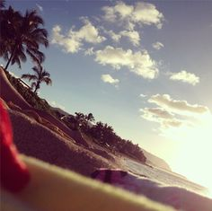 Throwback Thursday. Take me back to Hawaii. Mai Tais + Beach + Sand  Sun xx Dressed to Death xx #inspiration #nature #clouds http://instagram.com/p/nKVG2rH-te/