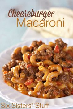 Cheeseburger Macaroni Ingredients 1 lb lean ground beef 1 1 oz packet taco seasoning or homemade taco seasoning 1 10 oz can Rotel tomatoes and green chilies or petite diced tomatoes 2 cups beef broth or water 1 cup elbow macaroni uncooked Beef Dishes, Pasta Dishes, Food Dishes, Main Dishes, Pasta Recipes, Dinner Recipes, Cooking Recipes, Budget Recipes, Fruit Recipes