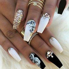 #nailswag #nailsoninstagram #nails#acrylicnails #coffinshapednails #acrylicnailart