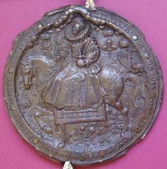 A beautifully-preserved example of Queen Elizabeth's Great Seal. Uk History, Tudor History, British History, Tudor Dynasty, Tudor Era, Cultura General, King Henry Viii, Plantagenet, Historical Artifacts