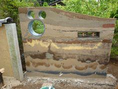 「版築土塀 材料」の画像検索結果