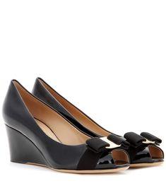 SALVATORE FERRAGAMO Sissi Patent Leather Wedges. #salvatoreferragamo #shoes #pumps