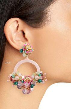 Dainty Diamond Earrings in Solid Gold / Chevron Earrings / V Stud Earrings / Delicate Diamond Studs / Graduation Gift - Fine Jewelry Ideas Black Diamond Earrings, Big Earrings, Unique Earrings, Diamond Studs, Beaded Earrings, Earrings Handmade, Hoop Earrings, Fashion Earrings, Fashion Jewelry