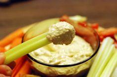 Fotorecept: Cesnaková tofu nátierka Tofu, Mashed Potatoes, Dips, Ice Cream, Ethnic Recipes, Desserts, Sherbet Ice Cream, Sauces, Dipping Sauces