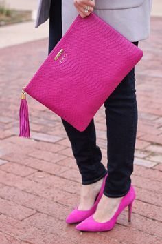 Gorgeous clutch and shoes. Clutch Purse, Pink Clutch, Fashion Bags, Tokyo Fashion, Fashion Heels, Street Fashion, Pink Fashion, Fashion Accessories, Purses And Bags