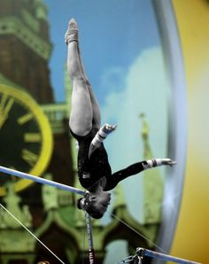 Ruby Harrold (Great Britain) on uneven bars at the 2013 European Championships, love her routine !!