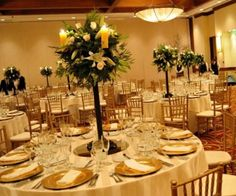 Roses, Lilys and Candles Centerpiece