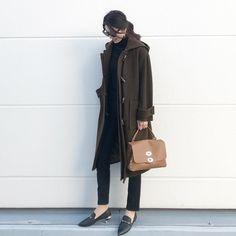 Chloe, Womens Fashion, Ladies Fashion, Shoulder Bag, Lady, Coat, Jackets, Instagram, Women's Work Fashion